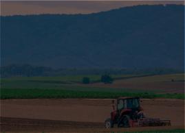 農業用トレーラー